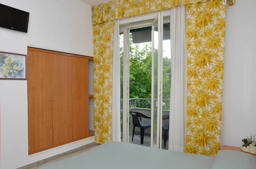Photo Double Room