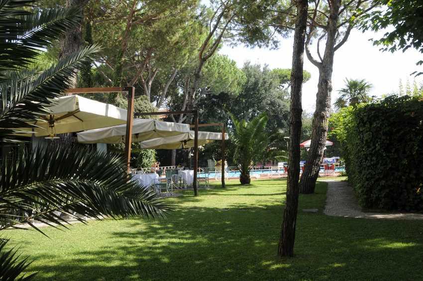 Hotel ermione a marina di pietrasanta hotel 4 stelle a - Bagno riviera marina di pietrasanta ...