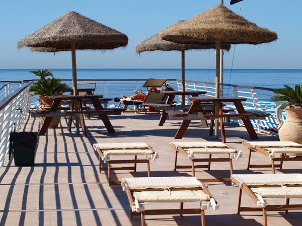 Hotel Delfino in Marina di Carrara - Hotel 3 stars in Marina di ...