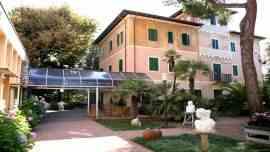 Foto Hotel Battelli a Marina di Pietrasanta (Prenota Online)