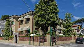 Foto Hotel Giardino a Lido di Camaiore (Prenota Online)