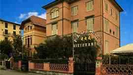 Foto Hotel Villa Flores a Marina di Pietrasanta (Prenota Online)