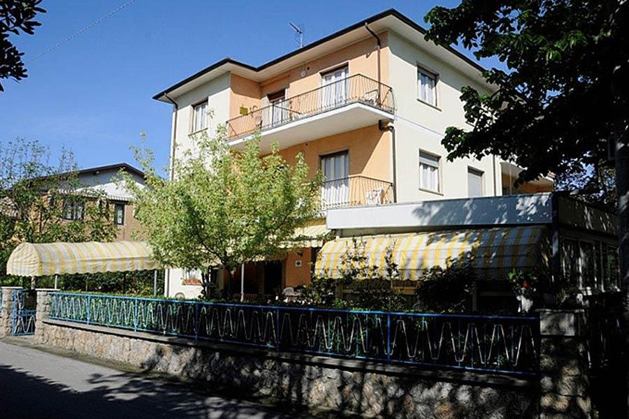 Hôtel Miramare - 4 Photo