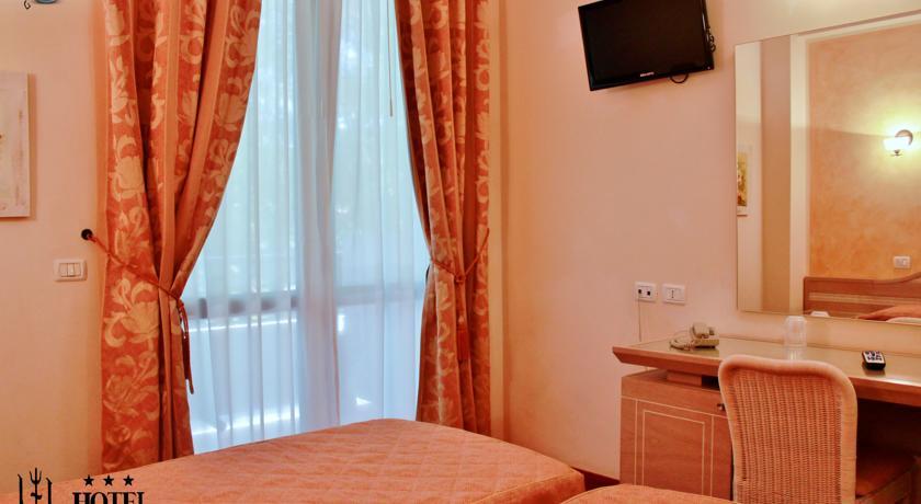 Hotel Nedy Marina di Massa