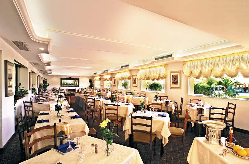 Гостиница Piccadilly Лидо ди Камайоре