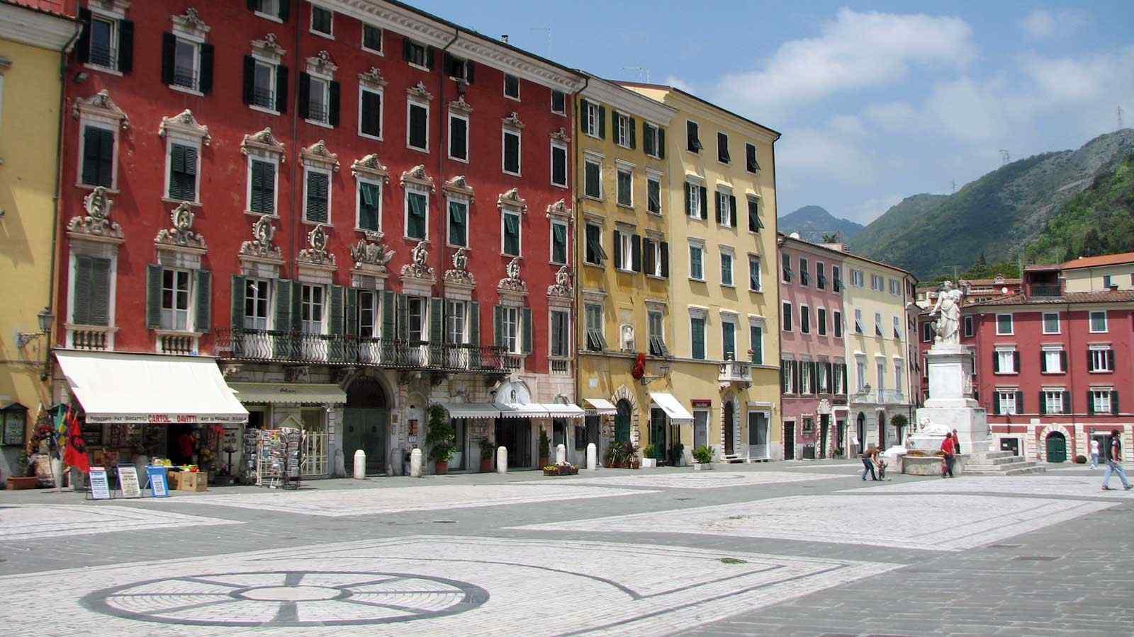 Foto Carrara